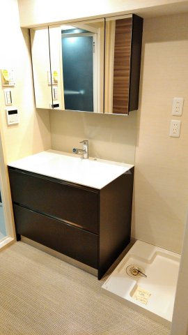 La mer 久茂地 201号室の洗面所