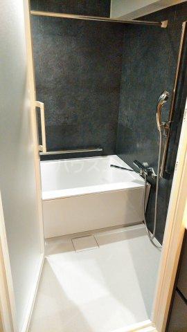 La mer 久茂地 201号室の風呂
