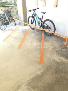 コーポ高良Ⅲ 410号室の駐車場