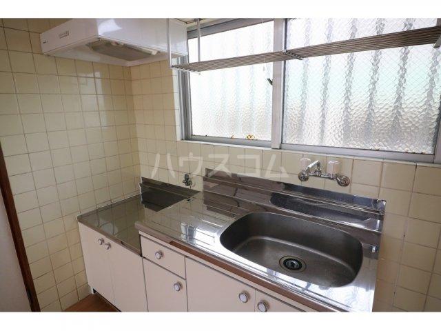 コーポ榮 B-1号室のキッチン