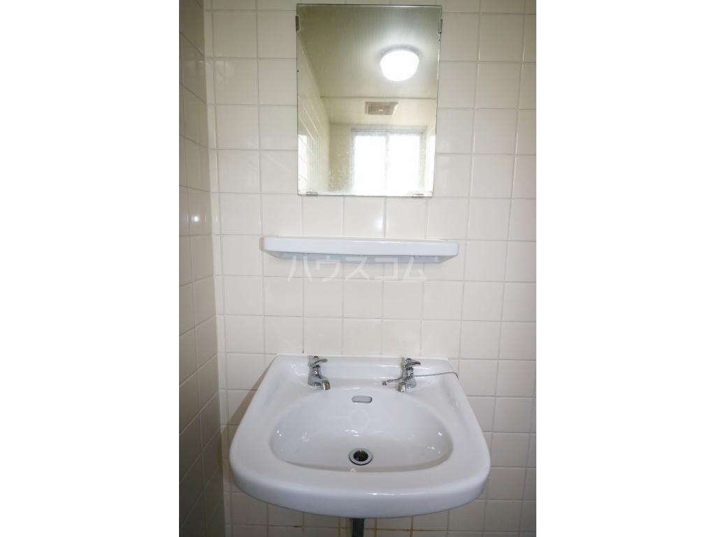コーポ榮 B-1号室の洗面所