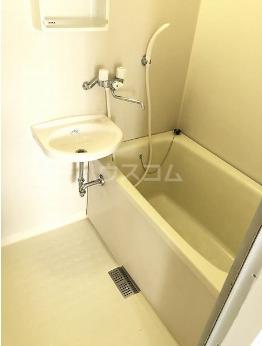 パールハイツ 4F号室の風呂
