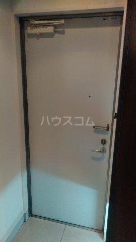 セゾンライト 403号室の玄関