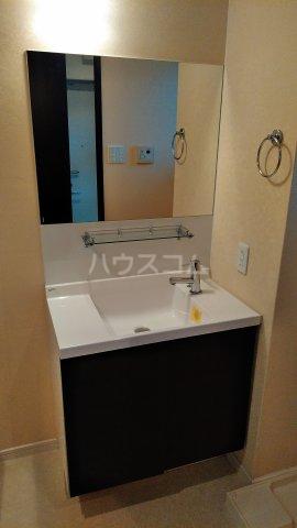セゾンライト 403号室の洗面所