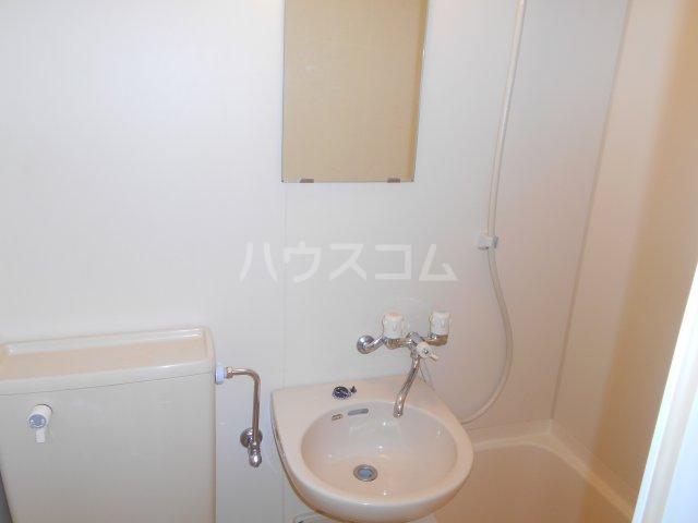 メゾン一刻 302号室の洗面所
