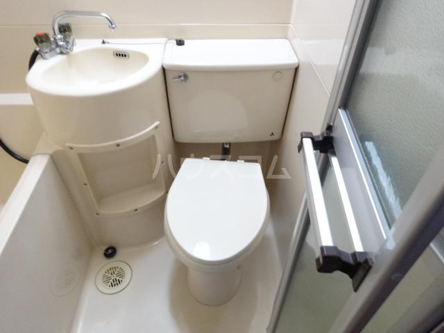 コーポ市瀬NO1 203号室のトイレ