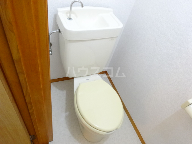 コーポ市瀬NO3 202号室のトイレ