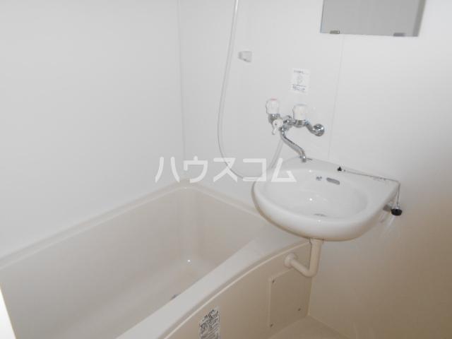 グリーンユースコーポ 302号室の風呂