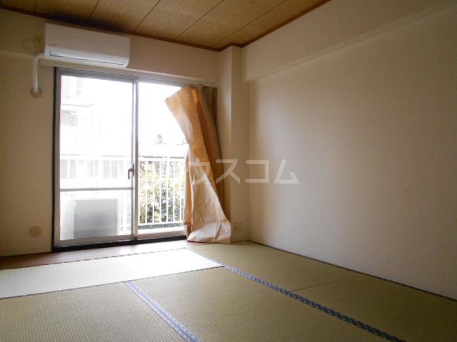 ベルテ桜 306号室の居室