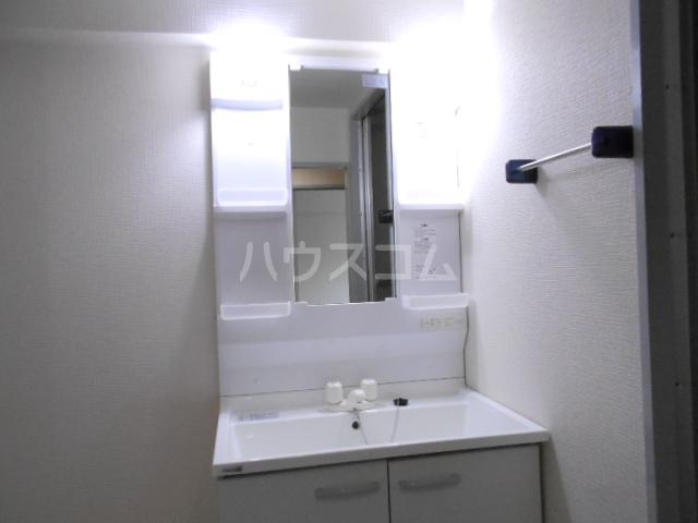 ベルテ桜 306号室の洗面所