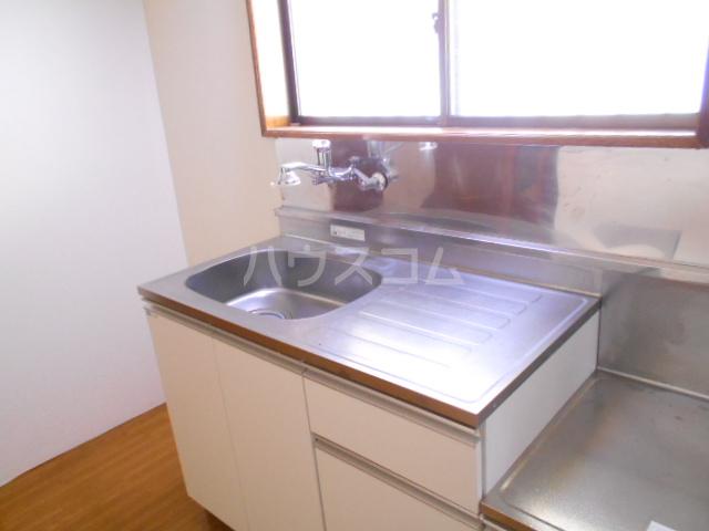 松村ハイツ 201号室のキッチン