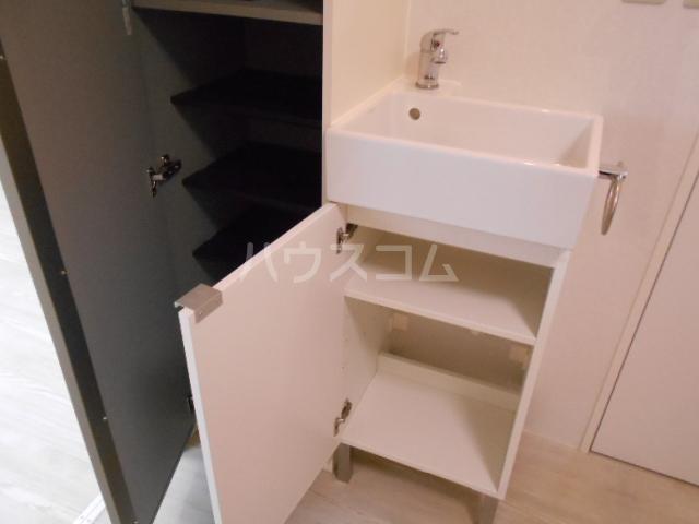 コーポ敬和 201号室の収納