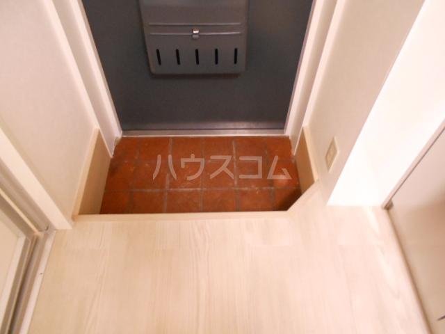 コーポ敬和 201号室の玄関