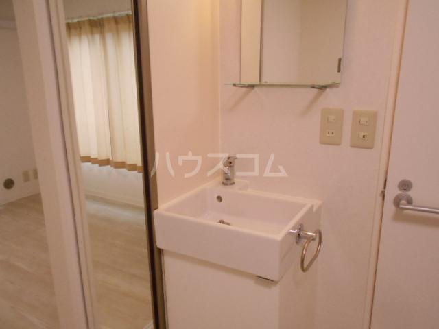 コーポ敬和 201号室の洗面所