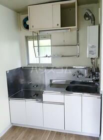 髙野コーポ 103号室のキッチン
