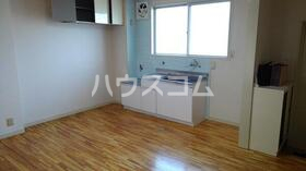 コーポ沢Ⅱ 103号室のキッチン