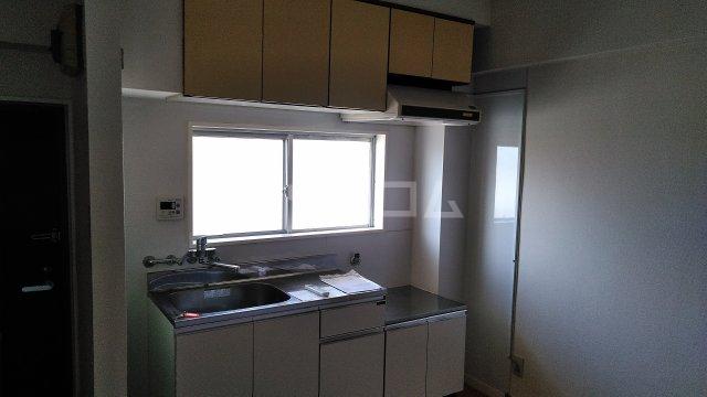 石井コーポラス 302号室のキッチン
