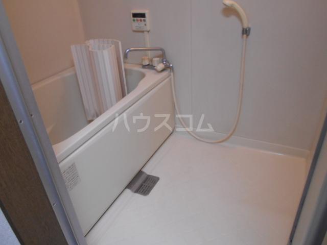 第二サフランハイツ 2-B号室の風呂