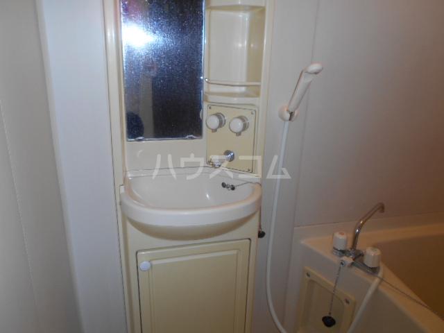 スカイヴェルデ 101号室の洗面所