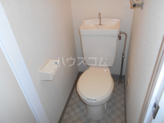 NKビル 312号室のトイレ