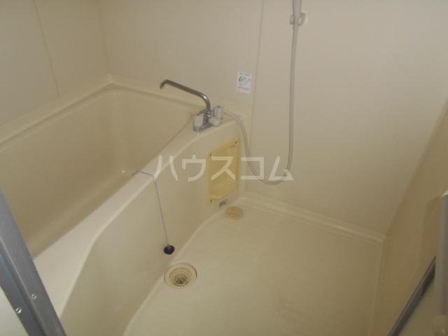 ベル・ハイゴー 301号室の風呂