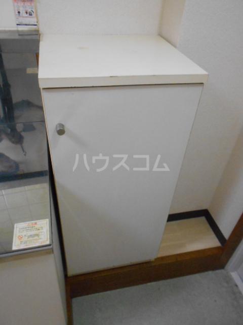 グリーンハイム片岡 205号室の収納