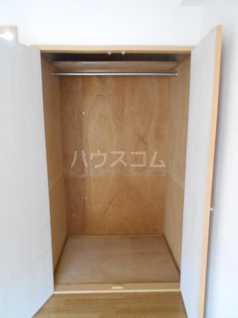 グリーンハイム片岡 206号室の収納
