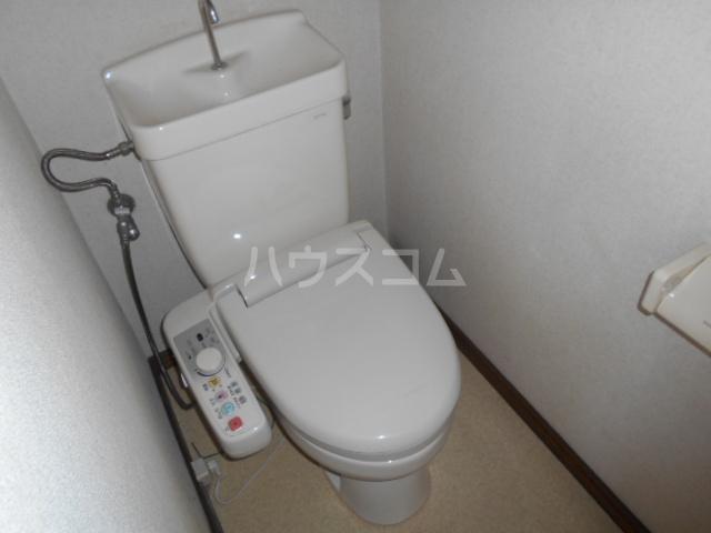 安西ハイツA棟 201号室のトイレ