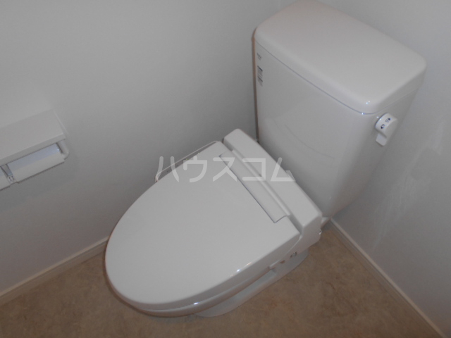 レバンテ白百合 103号室のトイレ