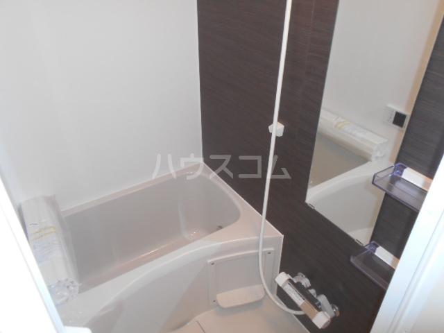 レバンテ白百合 103号室の風呂
