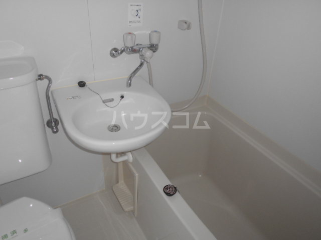 ハイツマックル 203号室の風呂
