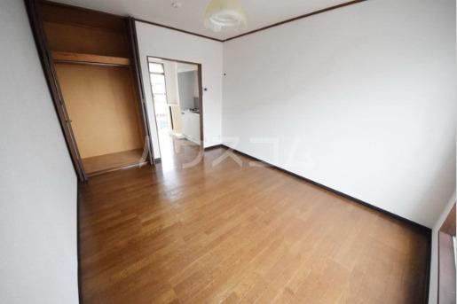 ハイツマックル 203号室の居室