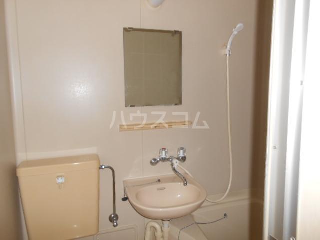 アネックス戸塚 102号室の洗面所