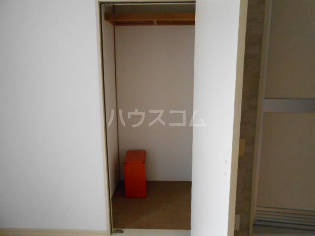 アネックス戸塚 102号室の収納