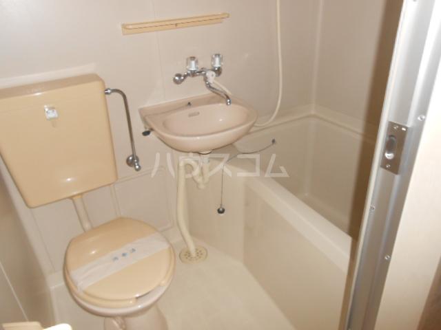 アネックス戸塚 102号室の風呂