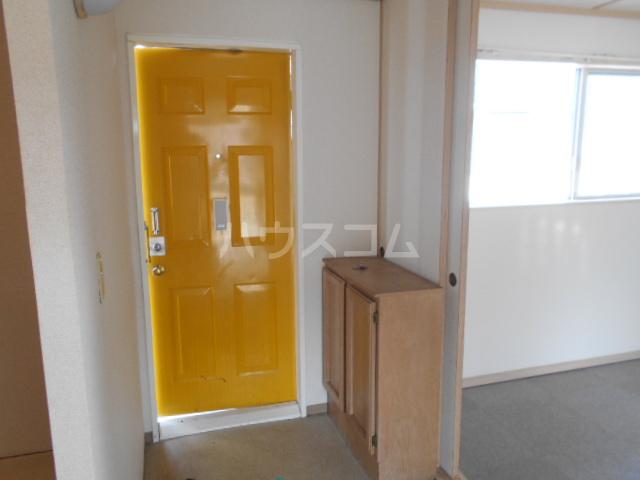すみれⅠ 201号室の玄関