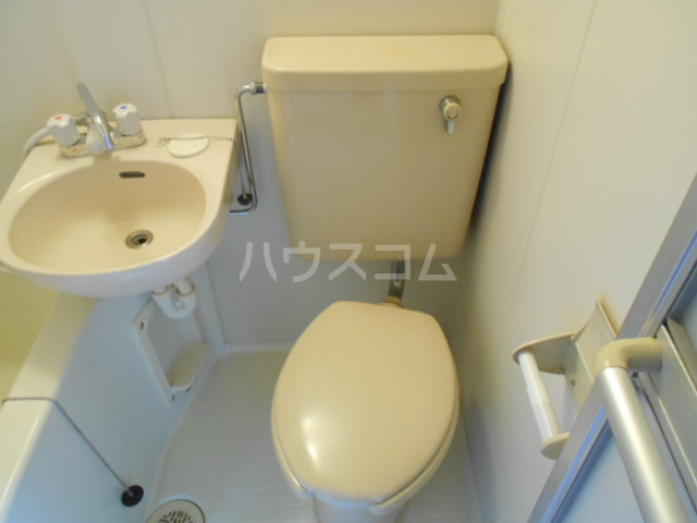 エスポワール鈴金 203号室のトイレ