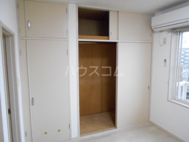 エスポワール鈴金 203号室の収納