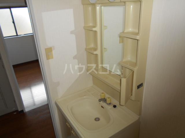 グレイス原宿Ⅰ 202号室の洗面所