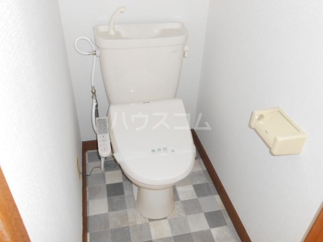 ハイツ・シーウェスト 102号室のトイレ