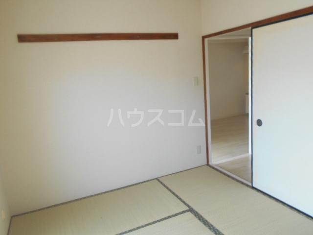フラット鈴木 308号室の居室