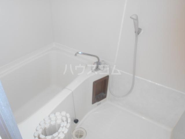 フラット鈴木 308号室の風呂