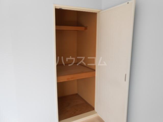 アーバンライフ榊原 202号室の収納