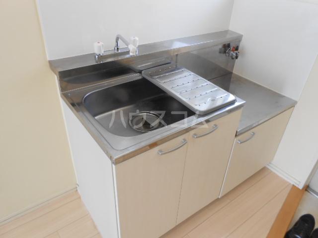アーバンライフ榊原 202号室のキッチン
