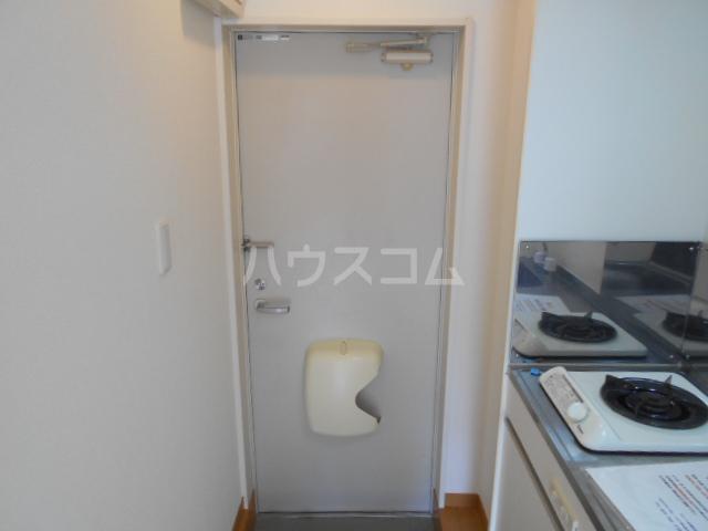 ヒルスミキ上倉田 104号室の玄関