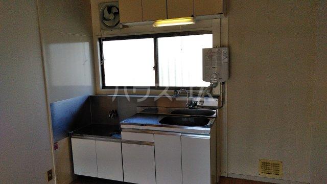 グリーンヒル高田のキッチン