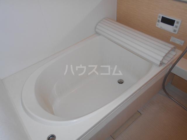 セントリビエ戸塚 201号室の風呂