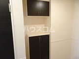 Altamoda横濱 203号室の玄関