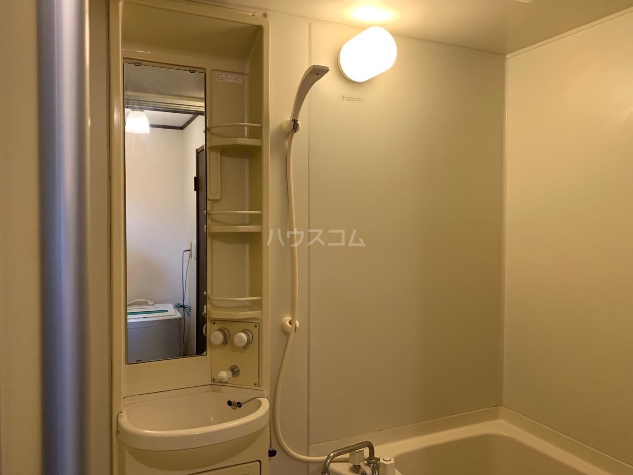 サニーコート伊藤 1-D号室の洗面所