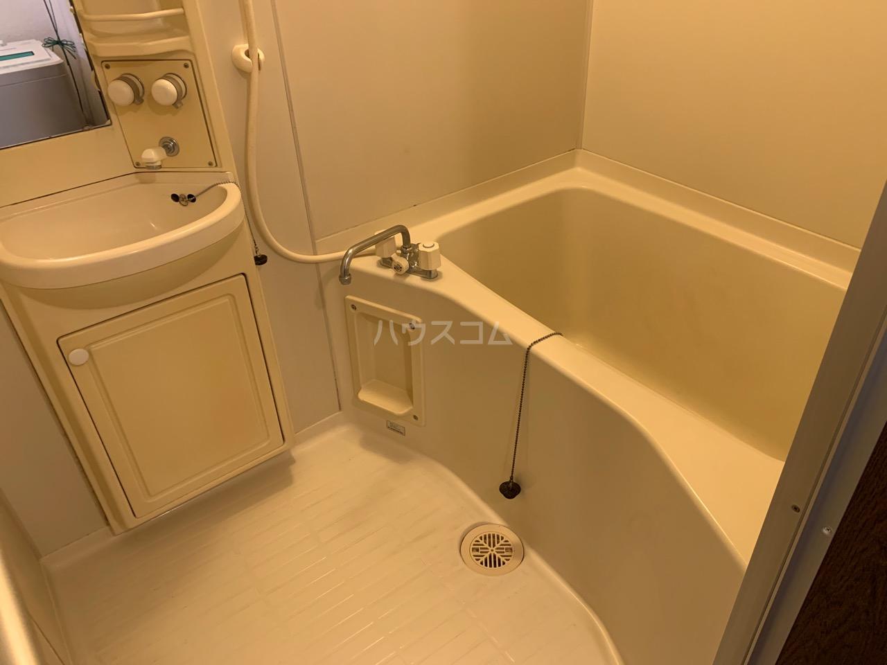 サニーコート伊藤 1-D号室の風呂